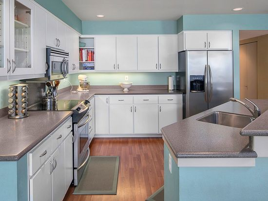 2420 8th Ave N APT 103, Seattle, WA 98109