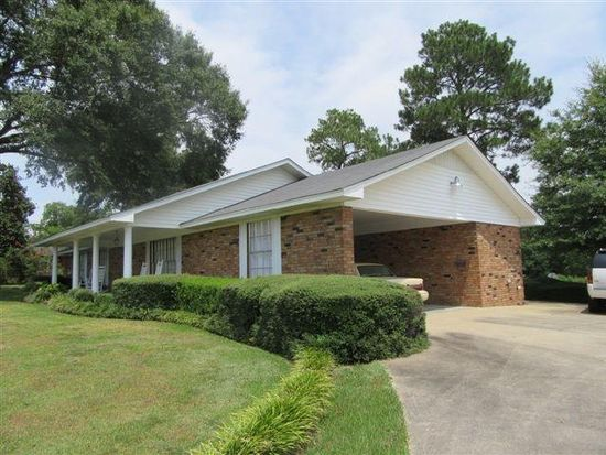 1115 West Dr, Laurel, MS 39440