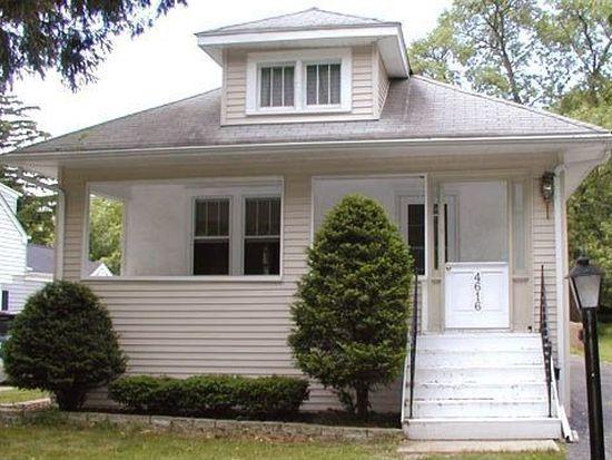 4616 Washington St, Downers Grove, IL 60515