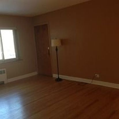 1102 N Harlem Ave APT 2, River Forest, IL 60305