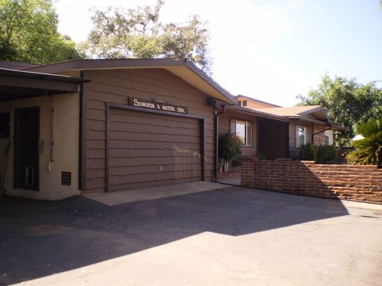 2442 Duraznitos Rd, Ramona, CA 92065