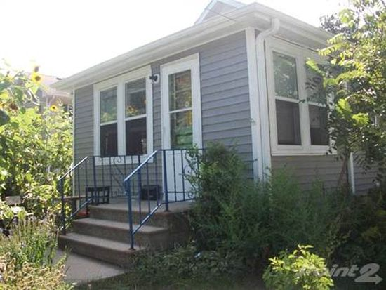 1217 Keokuk St, Iowa City, IA 52240