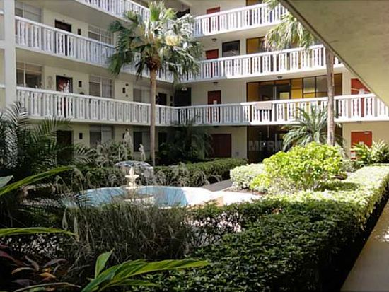 2650 Pearce Dr APT 104, Clearwater, FL 33764