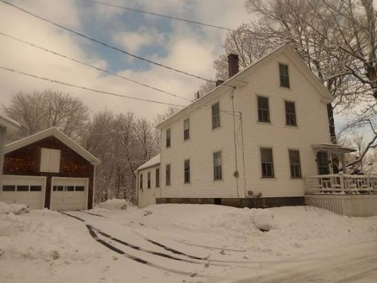 4 Hall Pl, Exeter, NH 03833
