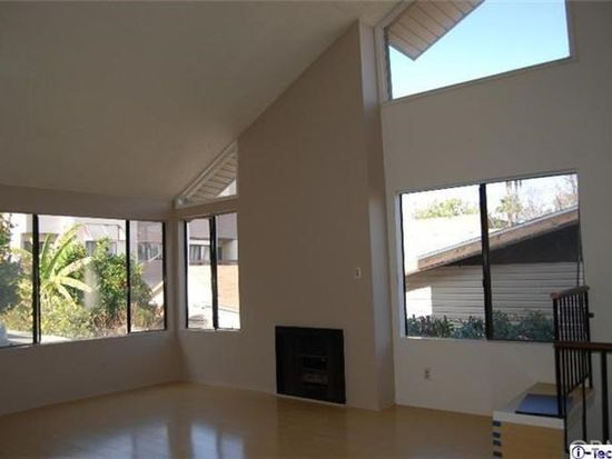 703 E Lomita Ave APT 4, Glendale, CA 91205