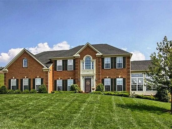 71 Fawn Hill Rd, Hanover, PA 17331