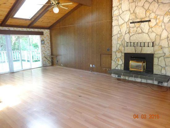 20 Southbank Rd, Carmel Valley, CA 93924