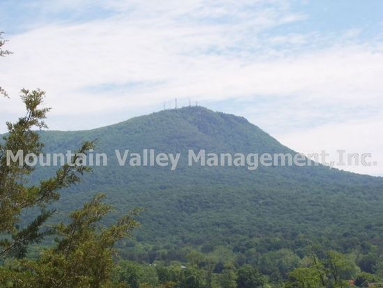 541 View Mountain Cir APT 2, Penn Laird, VA 22846