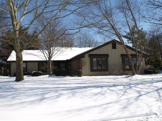 9442 Ash Hollow Ln, Dayton, OH 45458