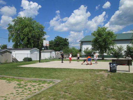 5428 Pebble Ln, Loves Park, IL 61111