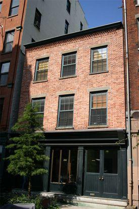 268 Water St, New York, NY 10038