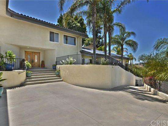 5242 Darro Rd, Woodland Hills, CA 91364
