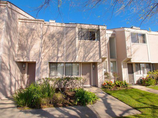 25 Seabird Ct, Newport Beach, CA 92663