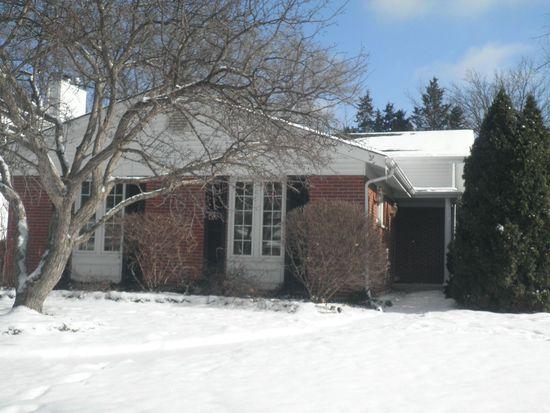 157 S Milton Ave, Glen Ellyn, IL 60137