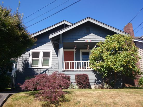 3039 Belvidere Ave SW, Seattle, WA 98126