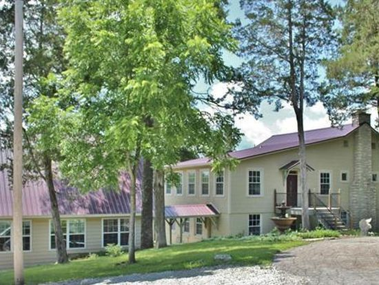 1910 Indian Trail Rd, Pacific, MO 63069