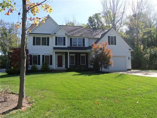 7825 Viewmount Dr, Painesville, OH 44077