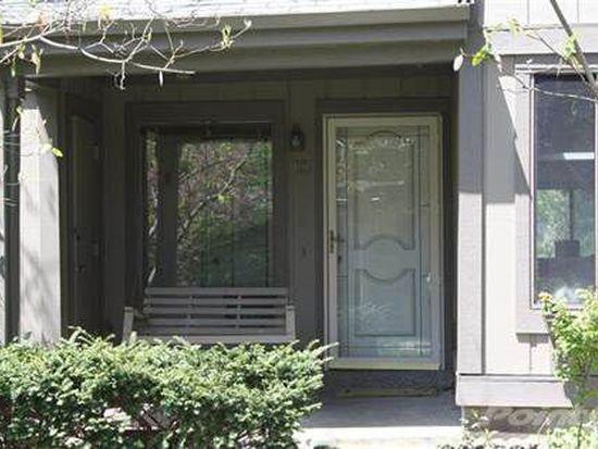 543 Laketower Dr APT 113, Lexington, KY 40502
