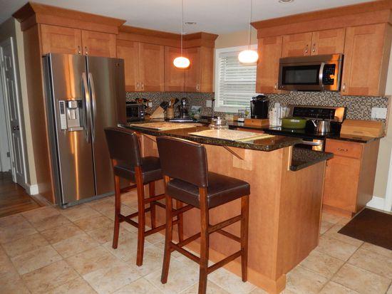 75 Chesbrough Rd, Boston, MA 02132