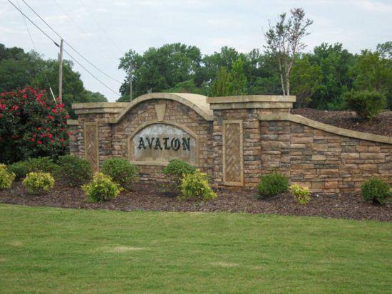 2645 Avalon Dr, Bogart, GA 30622
