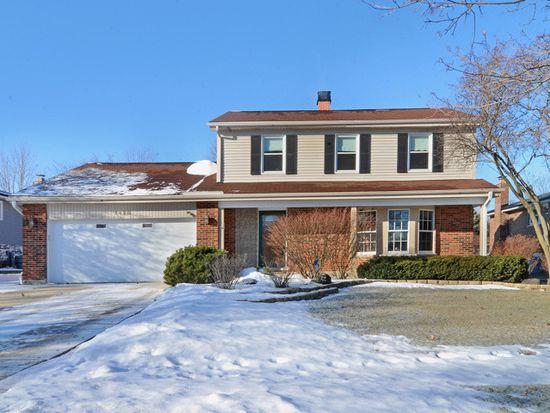 1428 Spruce Ln, Westmont, IL 60559