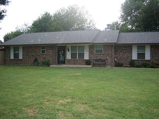 725 N Pine Branch Way, Mustang, OK 73064