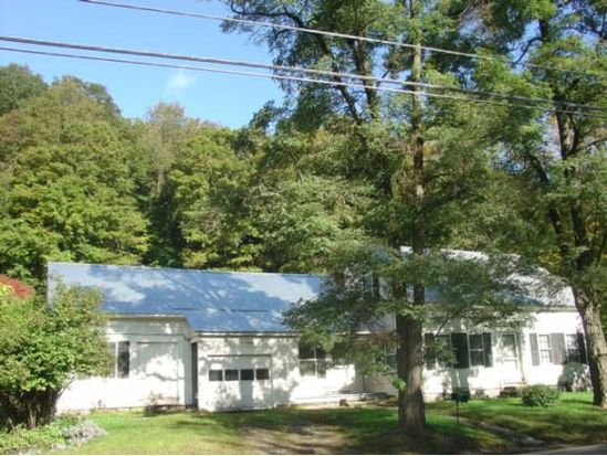 419 Route 121 E, Grafton, VT 05146