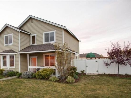 532 Canyon St, Richland, WA 99352