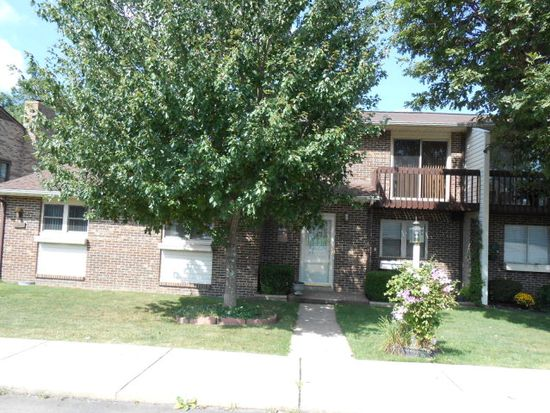 320 Ridgewood Dr, Beaver, WV 25813