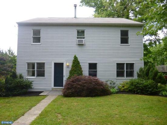 2811 E Ave, Levittown, PA 19056