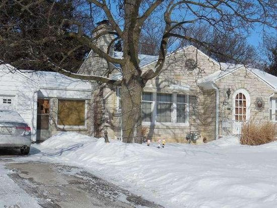 4400 W Anthony Dr, Greenfield, WI 53219