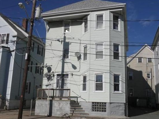 89 Beetle St, New Bedford, MA 02746