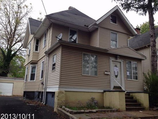 625-627 E 7TH St, Plainfield, NJ 07060