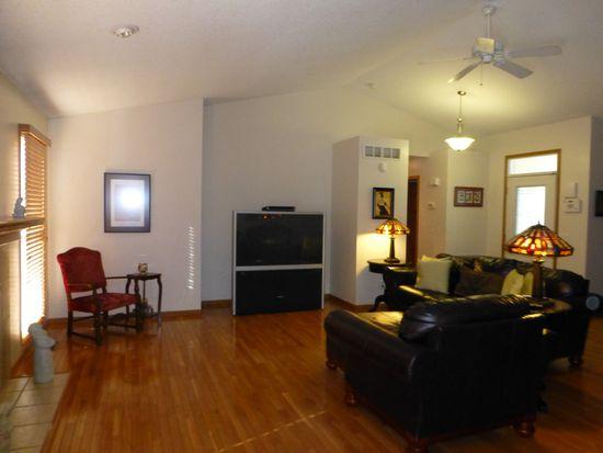 6420 Madison St, Davenport, IA 52806
