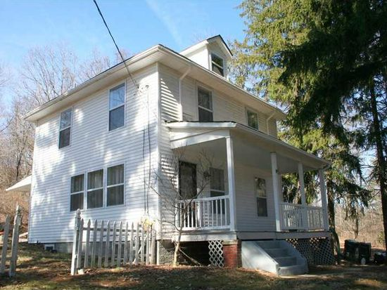 290 Wallace Rd, Wexford, PA 15090