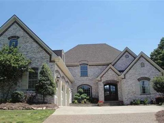 656 Autumnstone Ln, Bowling Green, KY 42103