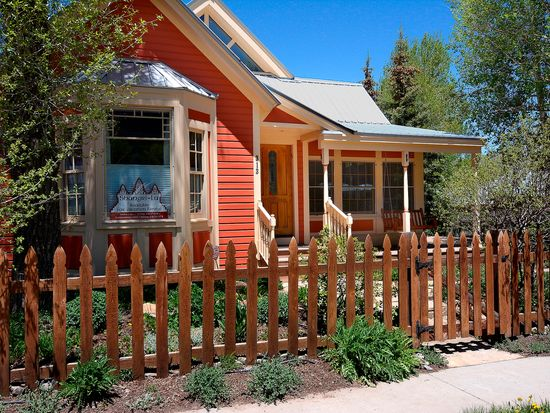 313 Maroon Ave, Crested Butte, CO 81224