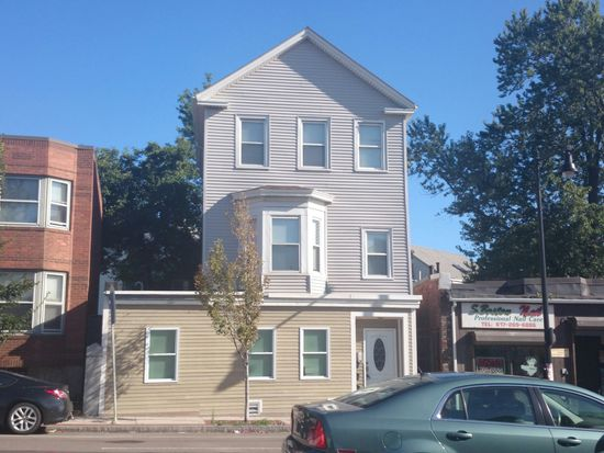 388 Dorchester St, Boston, MA 02127