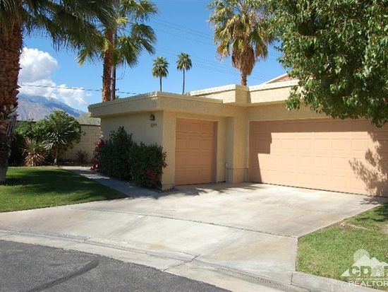 2390 Kirkwood Dr, Palm Springs, CA 92264
