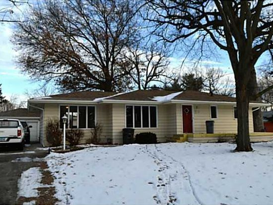 1738 Evergreen Ave, Des Moines, IA 50320