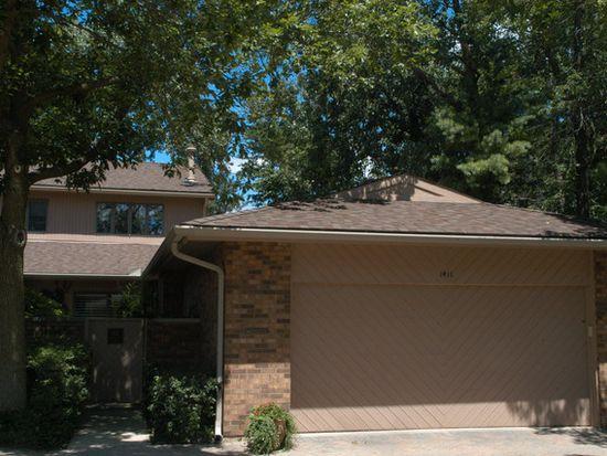 1411 Burr Oak Ct # 15-A, Hinsdale, IL 60521