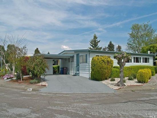 302 Tudor Ct, Santa Rosa, CA 95401