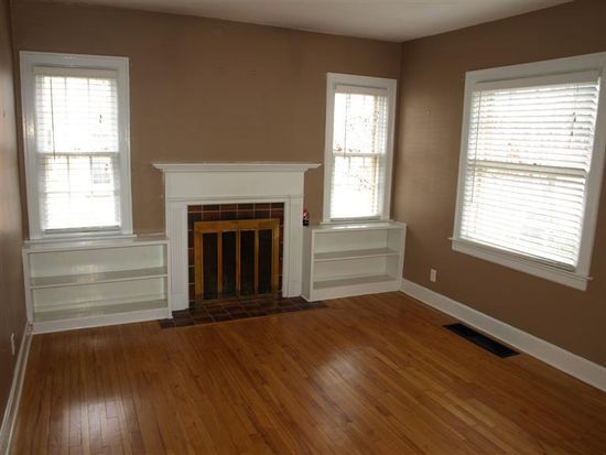 507 Rosemont Gdn, Lexington, KY 40503