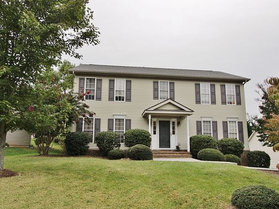 6054 Chagall Dr, Roanoke, VA 24018