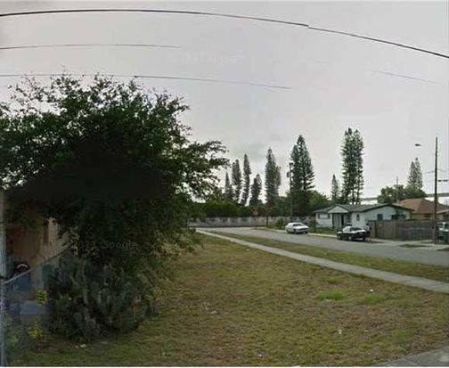 3185 NW 43rd St, Miami, FL 33142