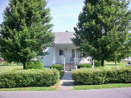 106 Riverside Ave, Narrows, VA 24124
