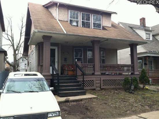 3252 W 82nd St, Cleveland, OH 44102