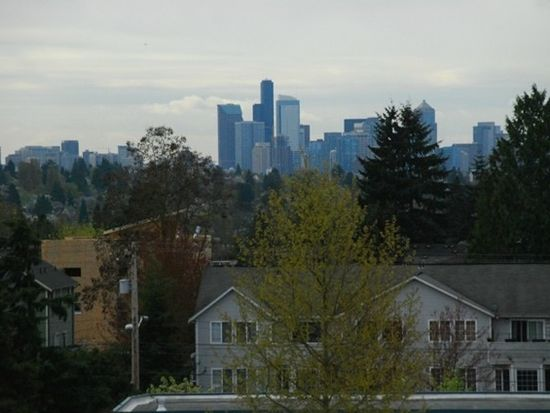 9203 Interlake Ave N UNIT C, Seattle, WA 98103