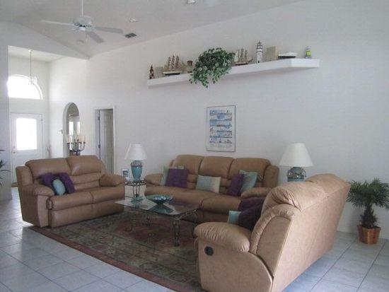 54 Columbia Ln, Palm Coast, FL 32137