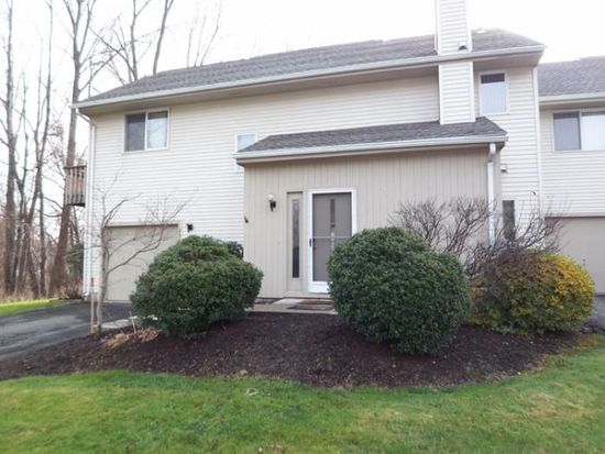 258 Alewife Ln, Suffield, CT 06078
